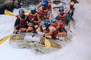 English: Rafting the Zambezi River near Victor...