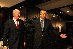 Britter stottar turkiet i cypernfragan
