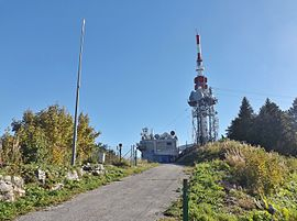 The antenna tower and mast of le mont du Chat