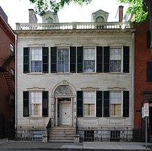 Newburgh Colonial Apartments Westland Mi