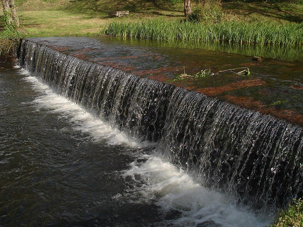 Represa no río Arteixo