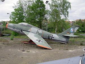 Republic F-84F Thunderstreak DF+240, Alliierte in Berlin pic3.JPG