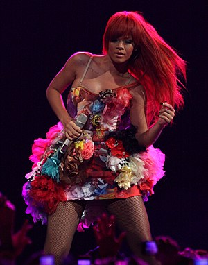 Mainstream Top 40 - Image: Rihanna Last Girl On Earth Snap Mar 2011