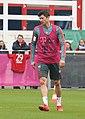 Robert Lewandowski Training 2019-04-10 FC Bayern Muenchen-2.jpg