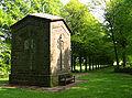 Rommenhöller-Denkmal Brunnenhaus Rückseite.jpg