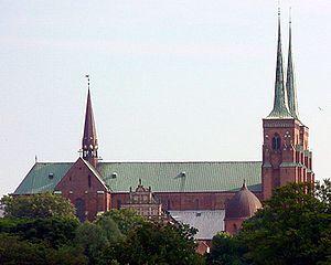 Roskilde-domkirke-2003-nord