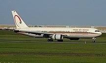 Sân bay quốc tế Pierre Elliott Trudeau-Montréal-Hành khách-Royal Air Maroc Boeing 767-300 CN-RNS (2656969396)