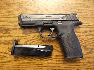 Smith & Wesson M&P - Image: S&W M&P .40 left side