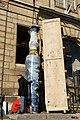 Sèvres - enlèvement des vases de Jingdezhen 022.jpg