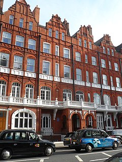 Pont Street Street in the Royal Borough of Kensington and Chelsea