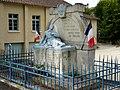 Saint-Just (24) monument aux morts.jpg