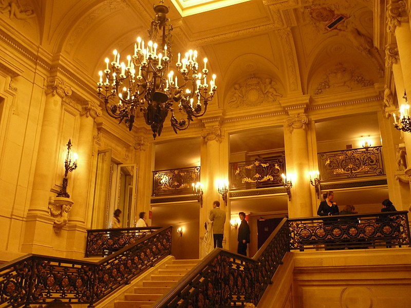 дворец пале рояль фото изнутри усложнять, экспозиция