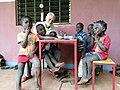 Salvatore di Abala lite e alcuni bambini di N'Tchangue.jpg