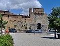 San Gimignano - Porta San Giovanni - panoramio.jpg