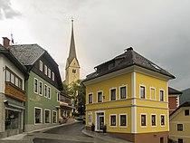 Sankt Michael im Lungau, kerk in straatzicht foto3 2011-07-26 16.43.JPG
