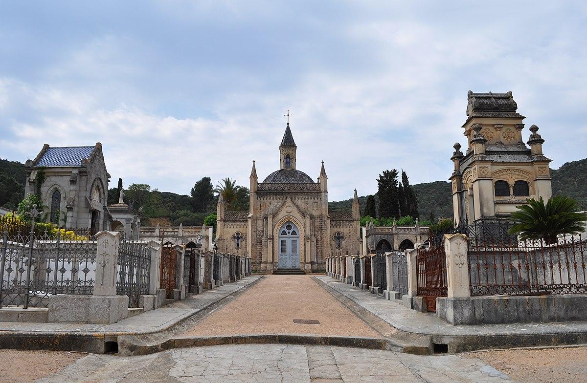 Cementiri de sant feliu de gu xols viquip dia l 39 enciclop dia lliure - Casas sant feliu de guixols ...
