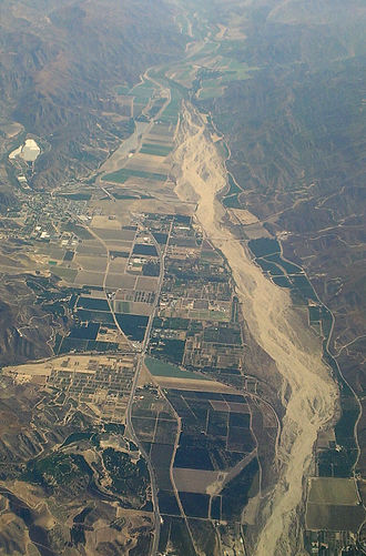 Piru, California - Piru (at center left) and the Santa Clara River (California) valley