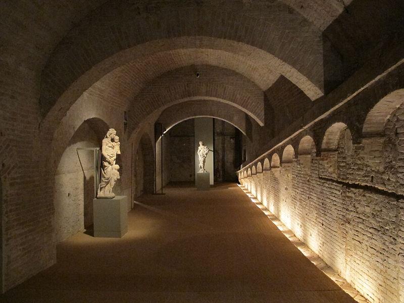 Il Fienile; room at Siena's Santa Maria della Scala museum, exhibiting works from della Quercia's Gaia fountain