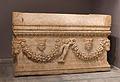 Sarcophagus 2 archmus Heraklion.jpg