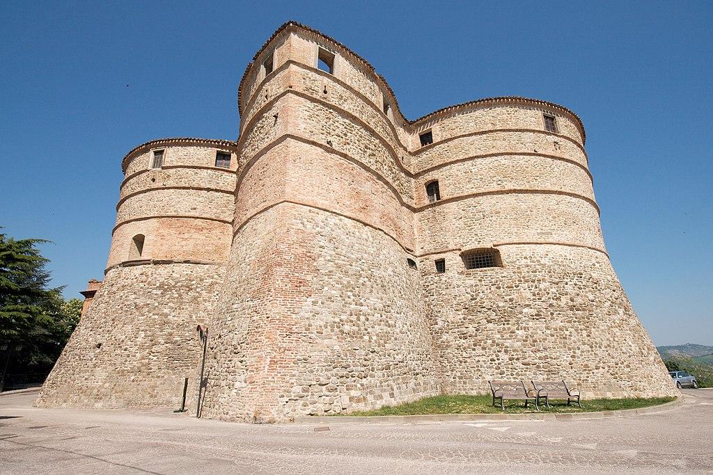 Sassocorvaro Mini-castle.jpg