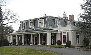 Scarsdale Woman's Club - Image: Scarsdale Woman's Club 37 Drake Rd, cloudy jeh