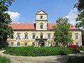 SchlossObersiebenbrunn.jpg