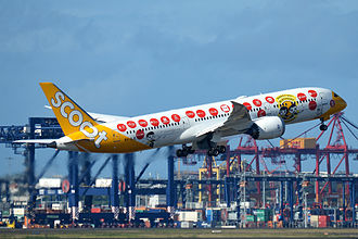 Scoot - Scoot Boeing 787-9 in SG50 livery taking off from Sydney Airport (July 2015)
