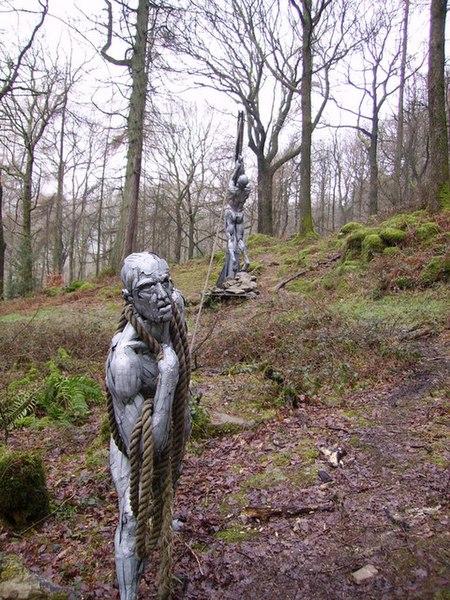 File:Sculpture, Bogel Wood - geograph.org.uk - 346755.jpg