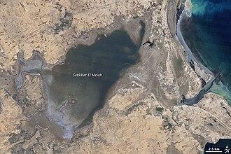Sabkha - Sebkhat El Melah in 1987, flooded. Landsat 5 image.