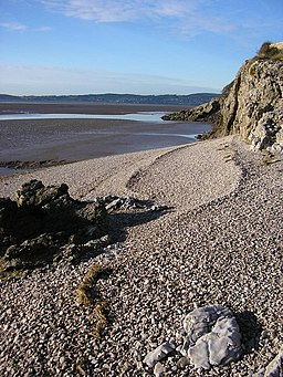 Shingle beach, Far Arnside - geograph.org.uk - 1616490