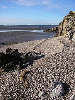 Shingle beach, Far Arnside - geograph.org.uk - 1616490