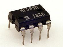 Rangkaian Terintegrasi IC 555