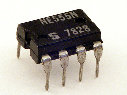 A standard-sized 8-pin dual in-line package (DIP) containing a 555 IC. Signetics NE555N.JPG