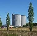 Silos der ehemaligen Zuckerfabrik - panoramio.jpg