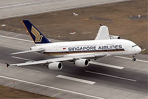 English: Singapore Airbus A380 Français : Un a...