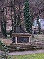 Smíchov, Malostranský hřbitov, náhrobek Thun-Hohensteina.jpg