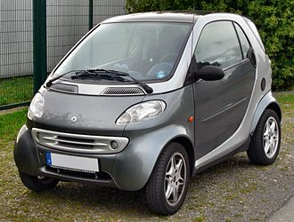 The Smart Fortwo car from 1998 to 2002, weighing 730 kg (1,610 lb) Smart Fortwo passion front.JPG