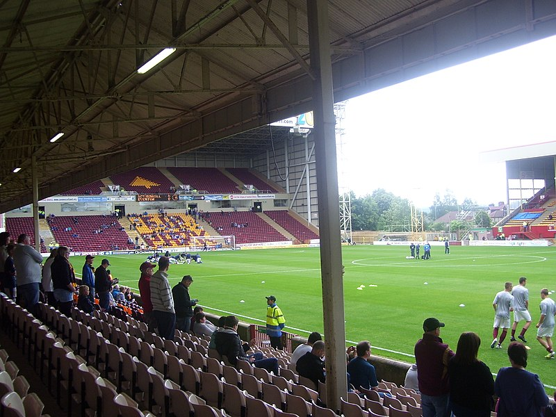 File:South Stand - geograph.org.uk - 3047185.jpg