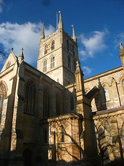 Southwark Cathedral 2015.jpg