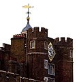 St Jamess Palace 3 (5128066081).jpg