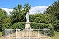 Statue Marie lessard et le chene.jpg