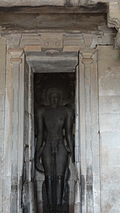 Statue in the inner sanctum in the Parsvanatha Basadi at Shravanabelgola.jpg