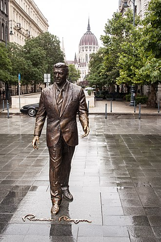 Reagan Era - Statue of President Reagan in Budapest