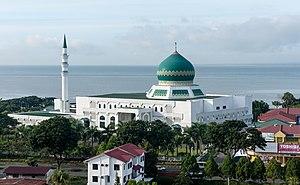 Tawau District - Image: Tawau Sabah Masjid Al Khauthar 03
