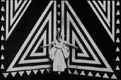 Thais Bragaglia 1917 04