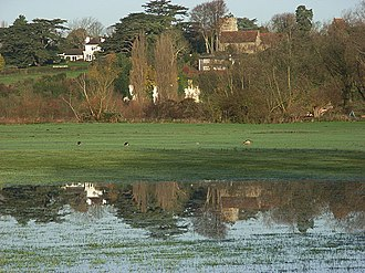 Shiplake - Image: Thames side between Wargrave and Charvil geograph.org.uk 287736