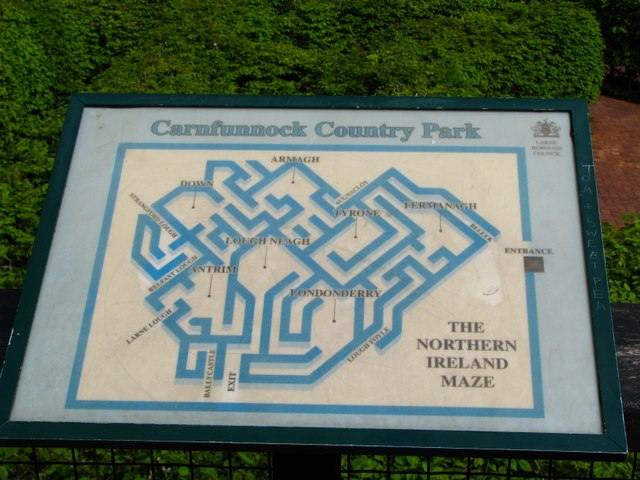 The 'Northern Ireland Maze', Carnfunnock Country Park (detail) - geograph.org.uk - 797992