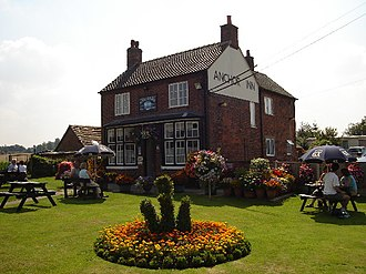 High Offley - Image: The Anchor Inn, High Offley geograph.org.uk 88127