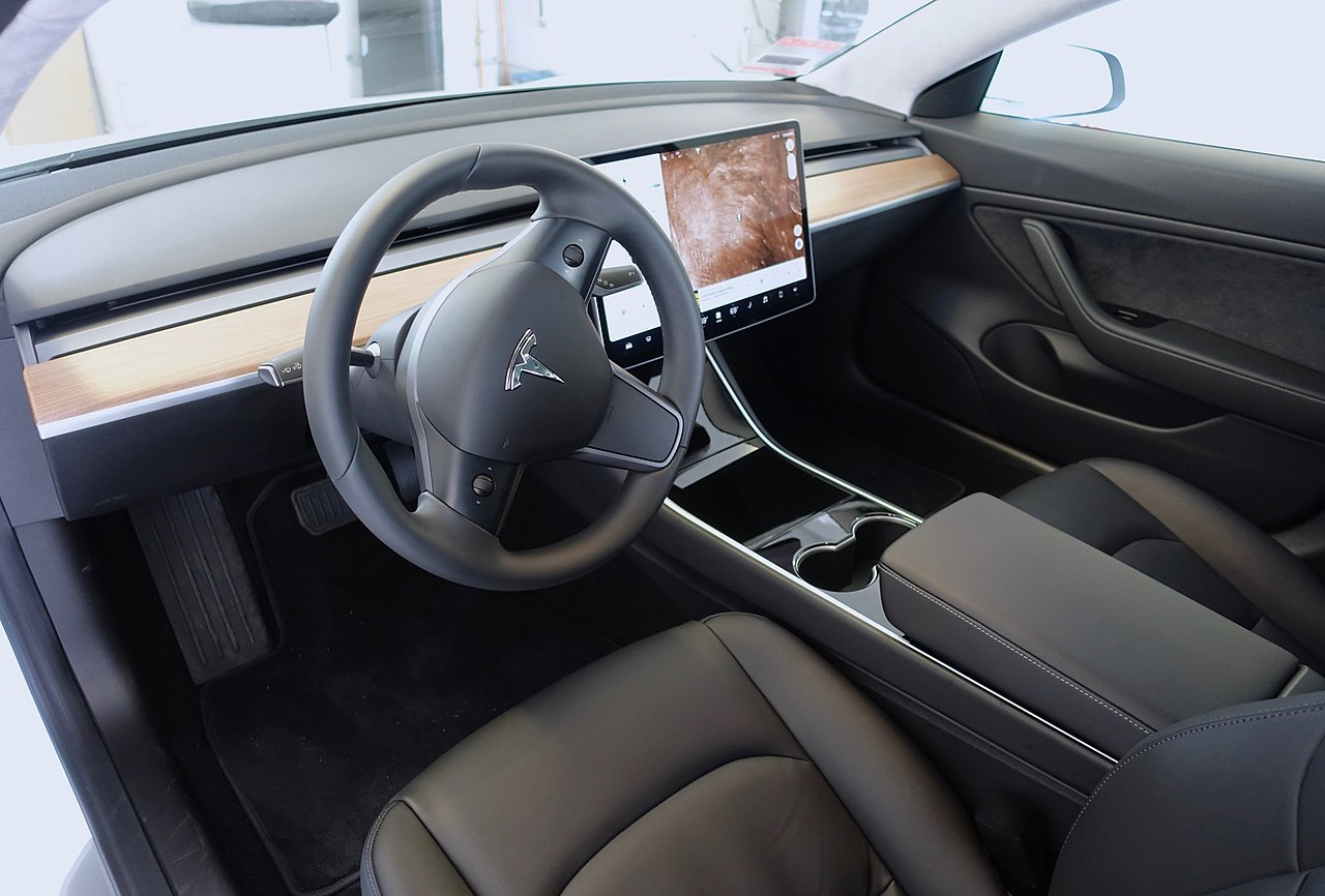 File the model 3 wikimedia commons for Tesla model 3 interieur