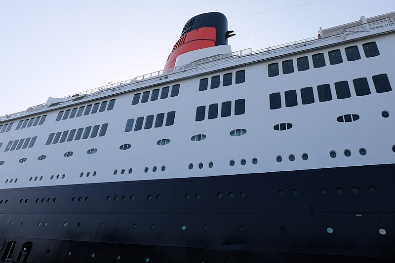 File:The QE2.jpg